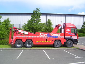 Kerr & Smith new Iveco with refurbished Dyson Commander -Roger Dyson delighted not to get an order?