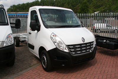 -NEW MODEL RENAULT MASTER DAY CAB