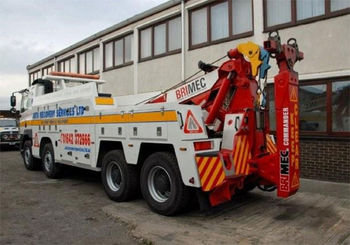 -Auto Recovery Services keep Heads above the competition with a Commanding delivery